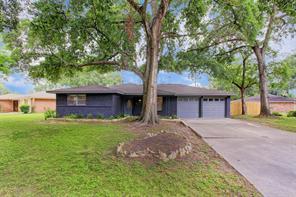 1338 Foxwood, Houston, TX, 77008