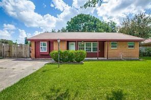 2131 Parakeet Street, Houston, TX 77034