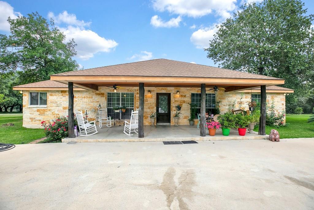 219 W Ridgeway, Somerset, TX 78069