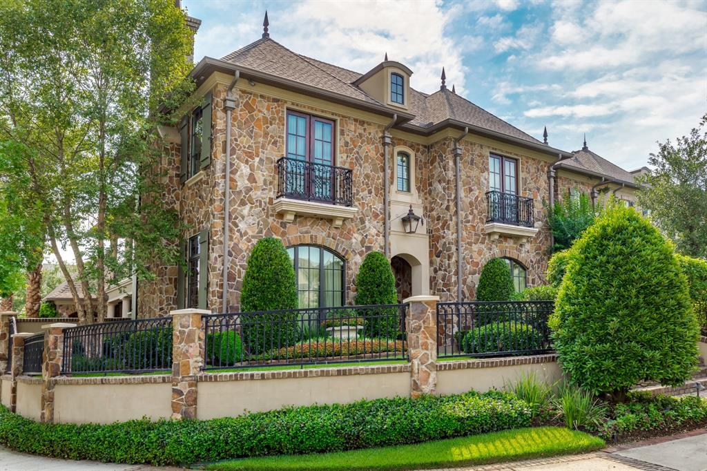2718 Timberloch Place, The Woodlands, TX 77380