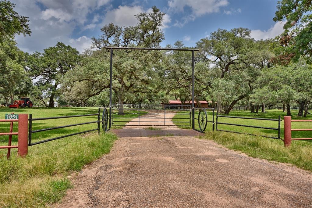 1051 County Road 175, Garwood, TX 77442