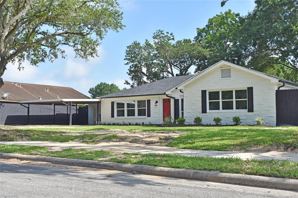5027 Briscoe Street, Houston, TX 77033