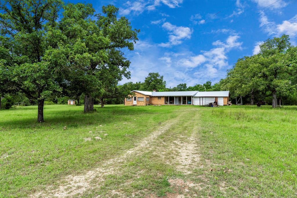 2025 County Road 121, Giddings, TX 78942
