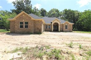 88 County Road 3310, Cleveland, TX, 77327