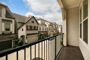 8318 ginger oak street, houston, TX 77055