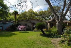 9909 Cedardale Drive, Houston TX 77055