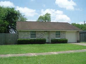 953 Walker, Angleton, TX, 77515