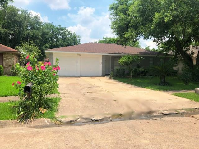 11519 Dunfield Lane, Houston, TX 77099