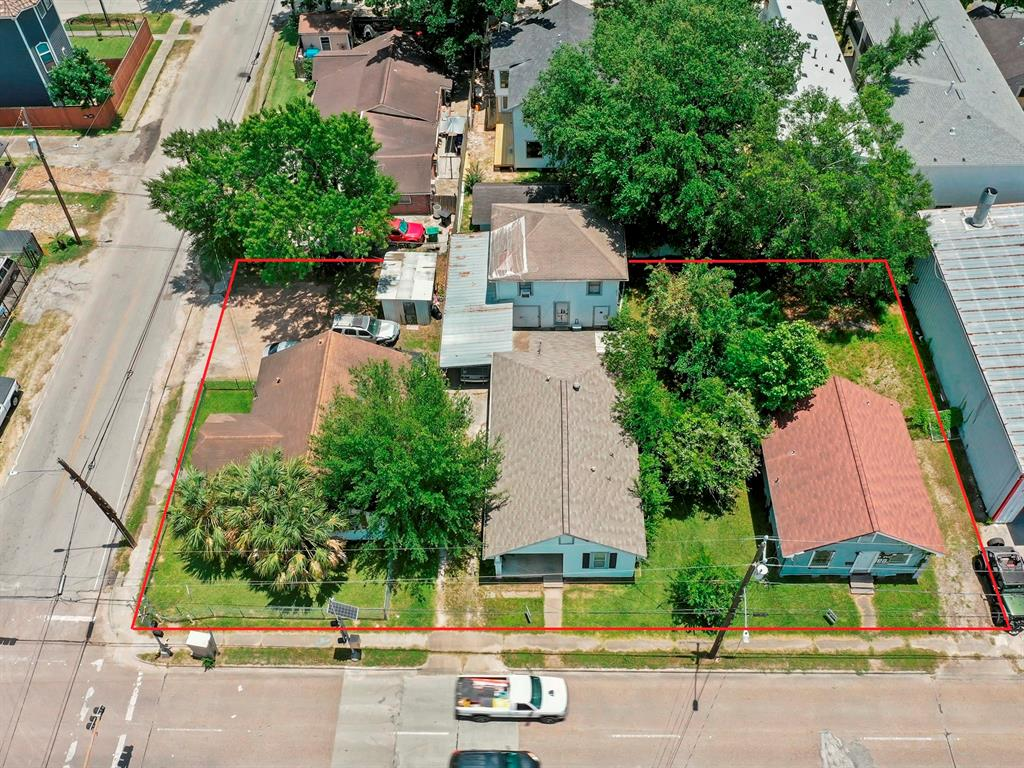 1340 N Durham Drive, Houston, TX 77008