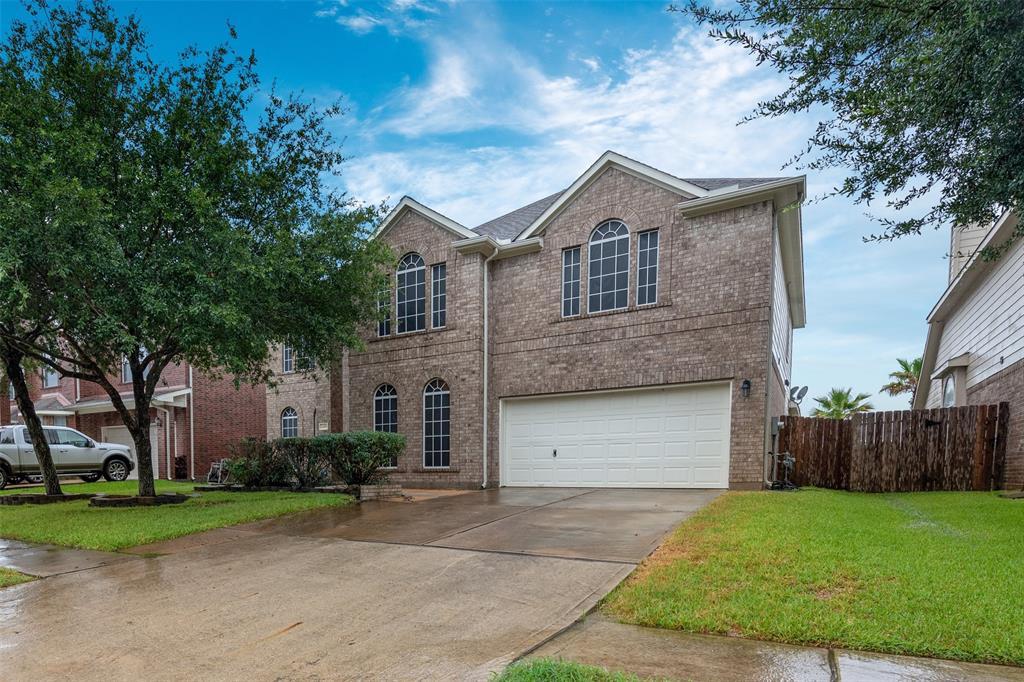"""Fantastic 4 bedroom 3.5 bath home in a desirable Bridgestone lakes just off of FM 2920. Easy and convenient accessibilty to I-45,Exxon Mobil Campus,The Woodlands, Highly acclaimed Klein ISD, Tranquil view of the water from backyard patio, Hollywood stairs finished with beautiful wrought Iron, Wood flooring, Several living and entertaining areas including family room, Gameroom and media room, Travertine flooring, Granite Counter Top and Island in the Kitchen, 45"""" Cabinetry, High ceiling in the Living area and many more."""