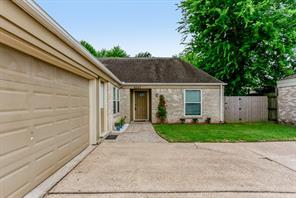 6327 sanford road, houston, TX 77096