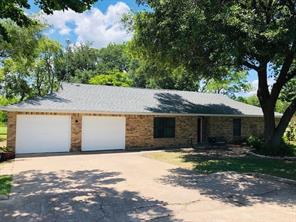 407 Lakeview, Wallis TX 77485