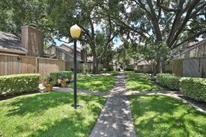 13883 Hollowgreen Drive, Houston, TX 77082