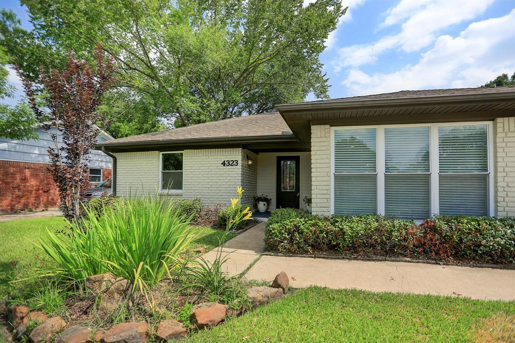 4323 McDermed Drive, Houston, TX 77035