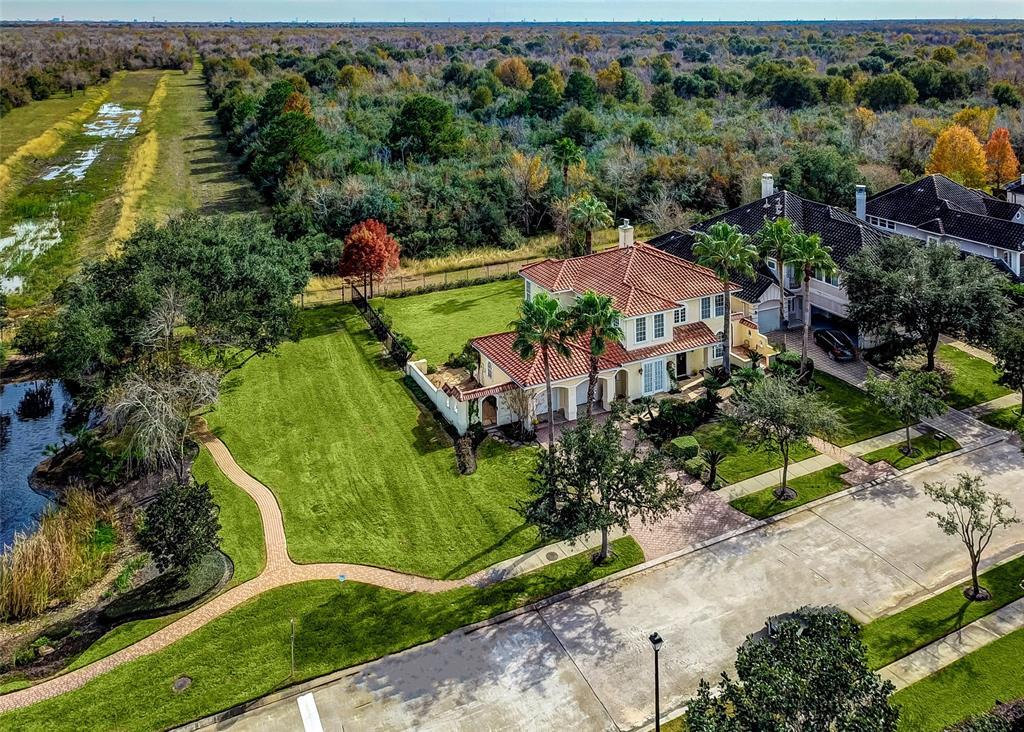 18903 Windsor Lakes Drive, Houston, TX 77094