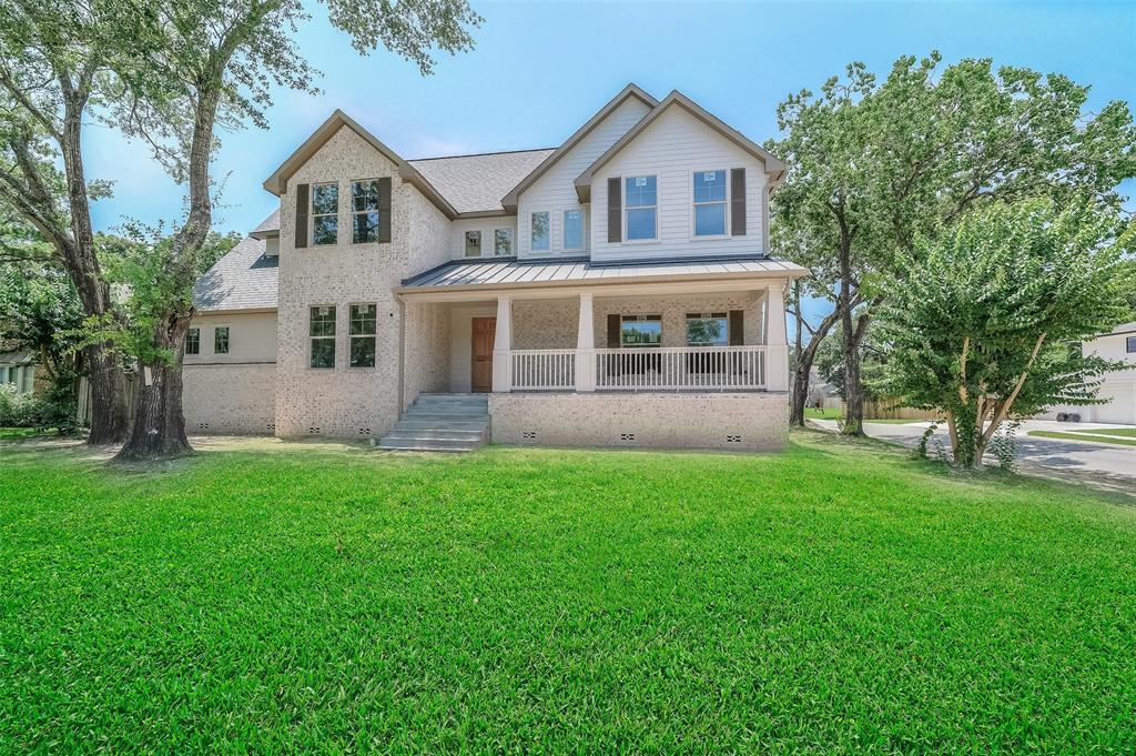 502 Walnut Bend Lane, Houston, TX 77042