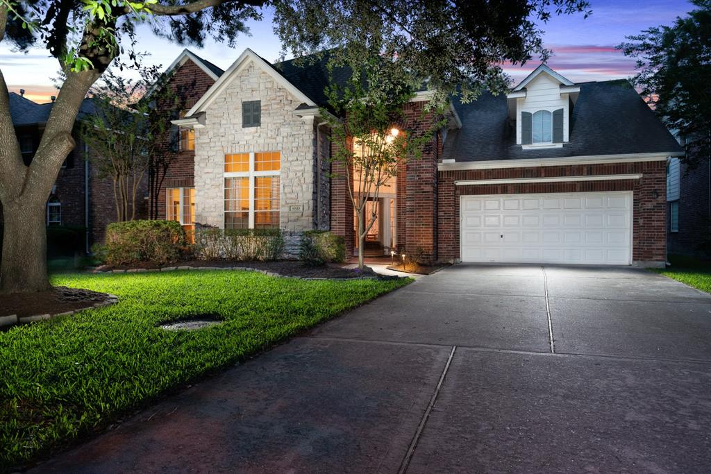 8810 Pecan Springs Drive, Houston, TX 77040