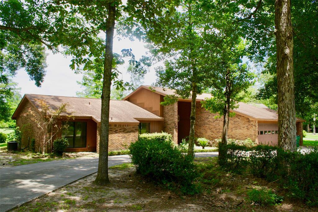 204 Hazel Drive, Village Mills, TX 77663