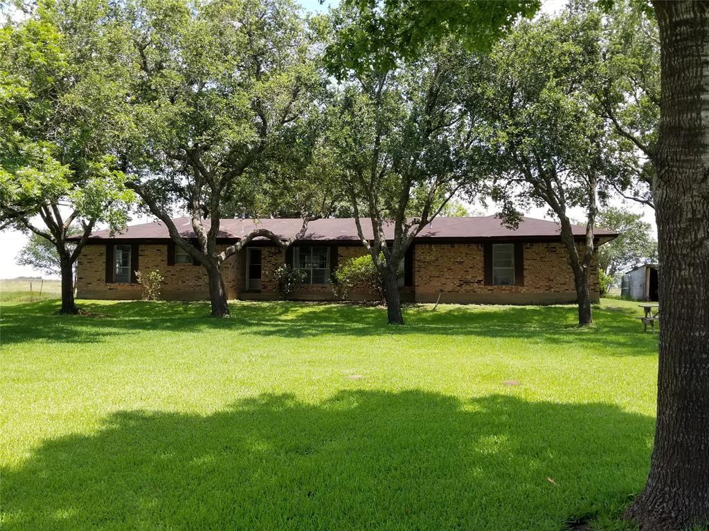 1325 River Valley Drive, Wharton, TX 77488