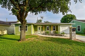 7626 azalea street, houston, TX 77023
