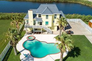 319 Francis Cove, Surfside Beach, TX 77541