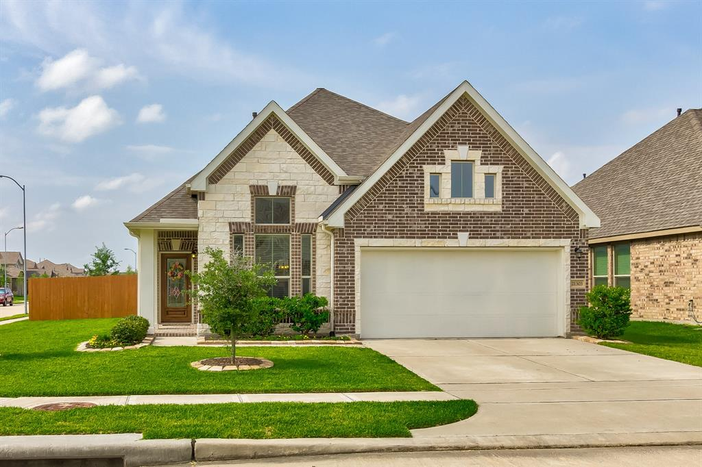 3 Bedroom Homes for Sale in Cypress TX | Mason Luxury Homes