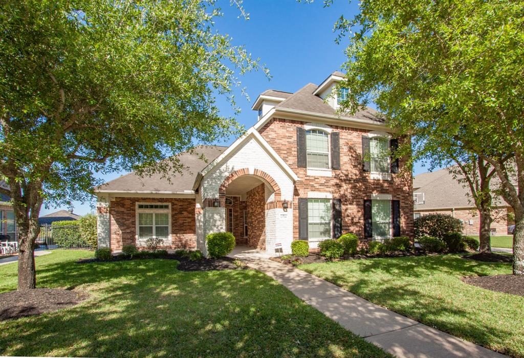 10718 Sea Myrtle Drive, Houston, TX 77095
