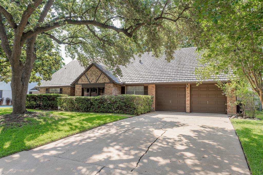 5114 Berry Creek Drive, Houston, TX 77017