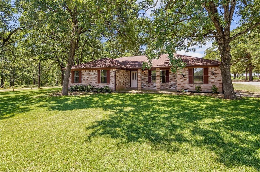 4945 Linda Lane, Bryan, TX 77807