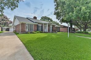 18223 Nassau Bay Drive, Houston, TX 77058