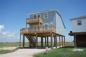 210 Nesmith Place, Surfside Beach, TX 77541