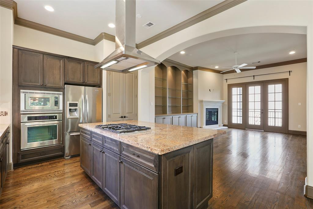 The family chef will love the gas cook-top and counter space.