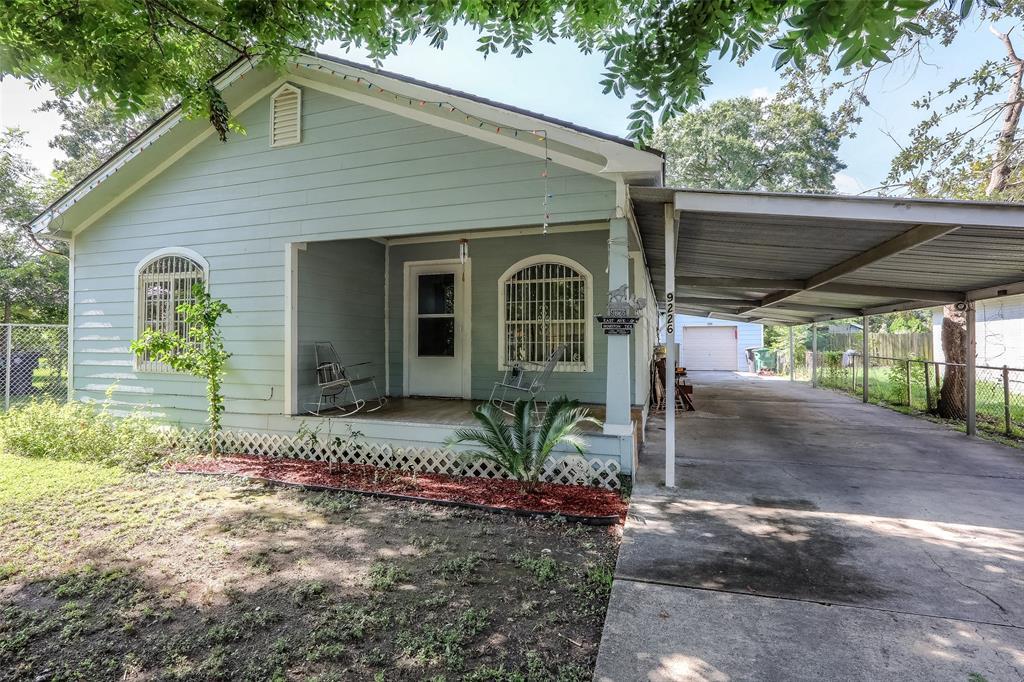 9226 E Avenue Q, Houston, TX 77012