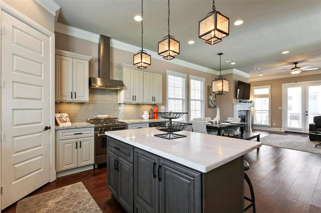 You will love entertaining and hosting dinner parties with this open floor plan