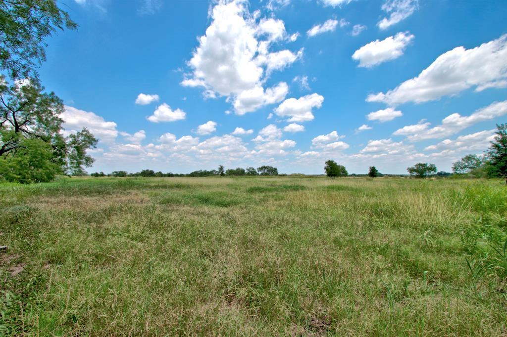 15551 E Gable Road, St. Hedwig, TX 78152