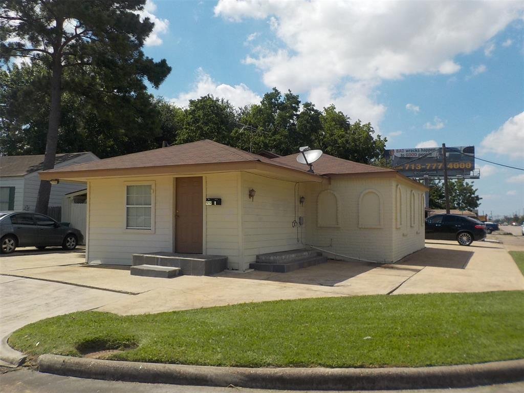 919 Maple Avenue 1, Pasadena, TX 77506