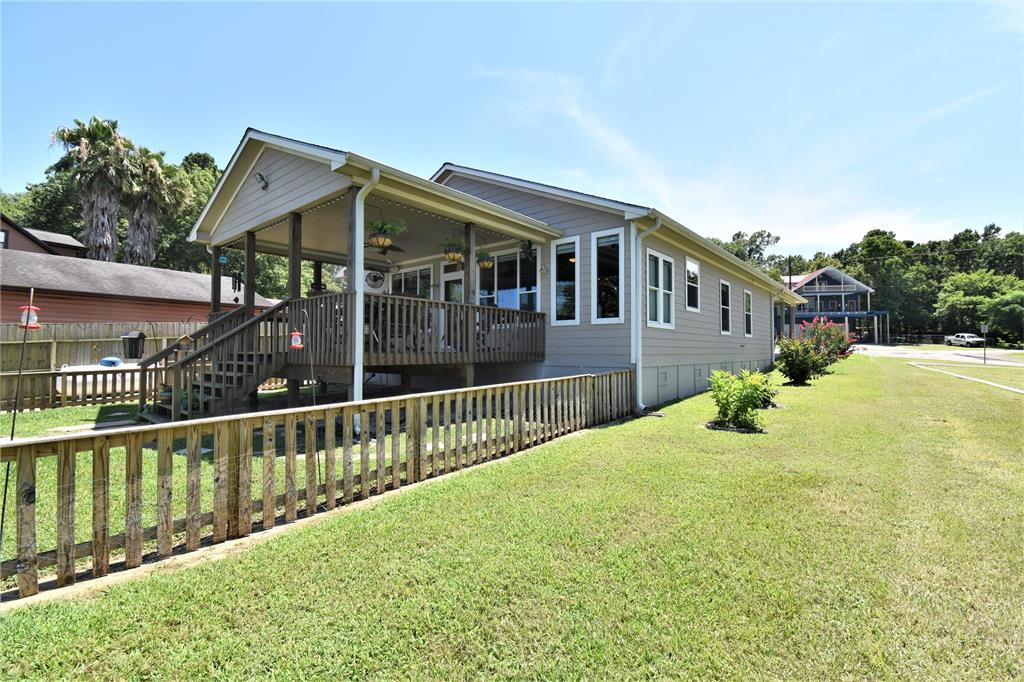 341 Key Largo Loop, Point Blank, TX 77364