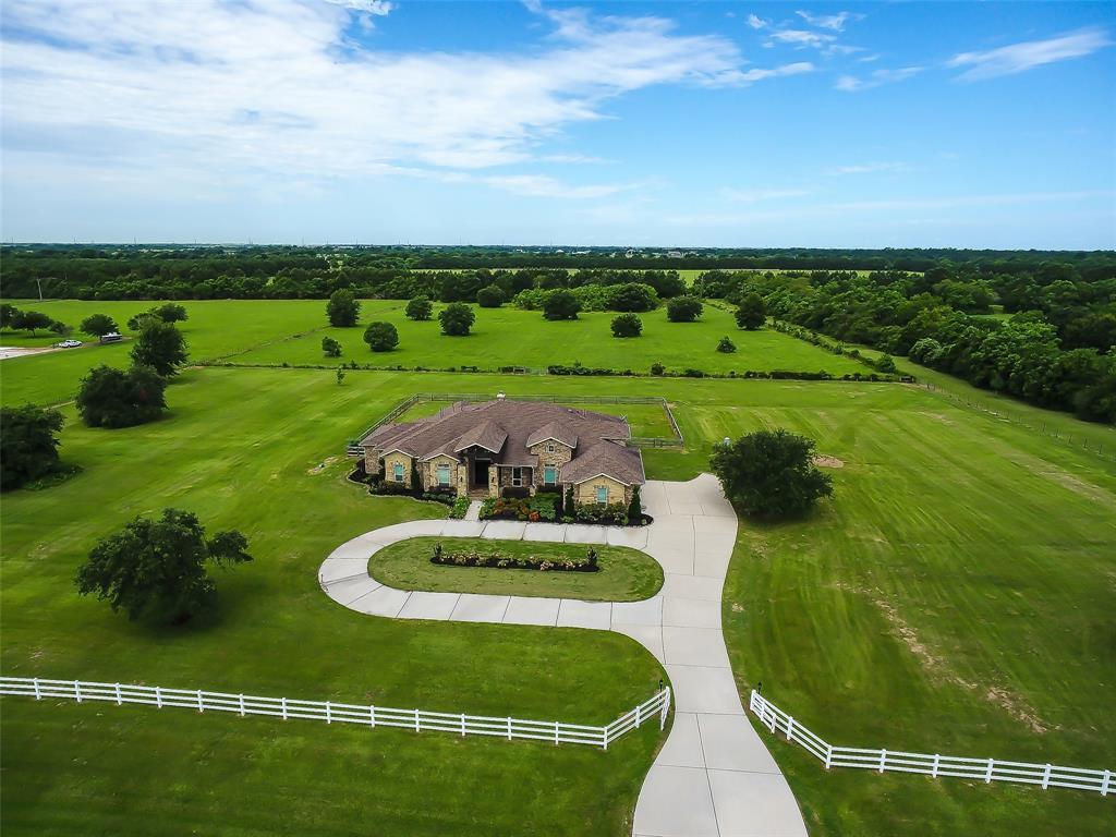 511 Hunters Creek Way, Hockley, TX 77447