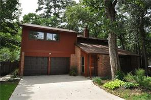 107 Maple, The Woodlands, TX, 77380