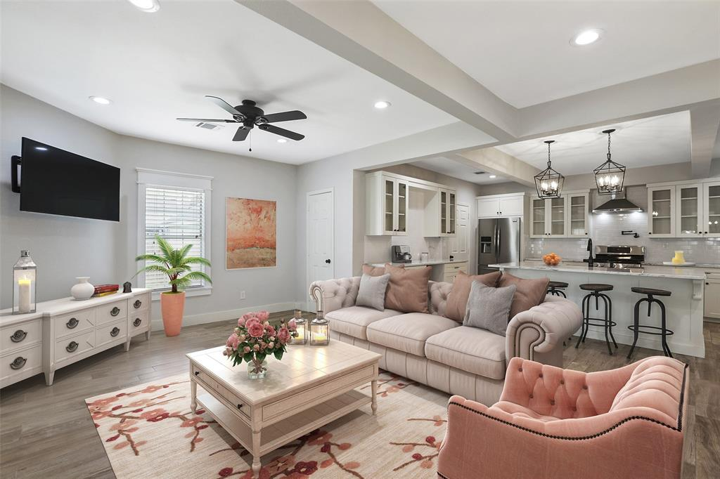 As we've stated, the open floor plan offers a great open floor, which can be great for entertaining. This image has been virtually staged.