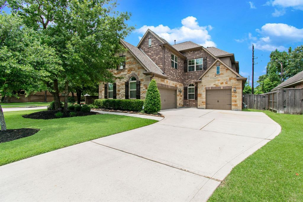 2630 Hendricks Lake Drive, Spring, TX 77388