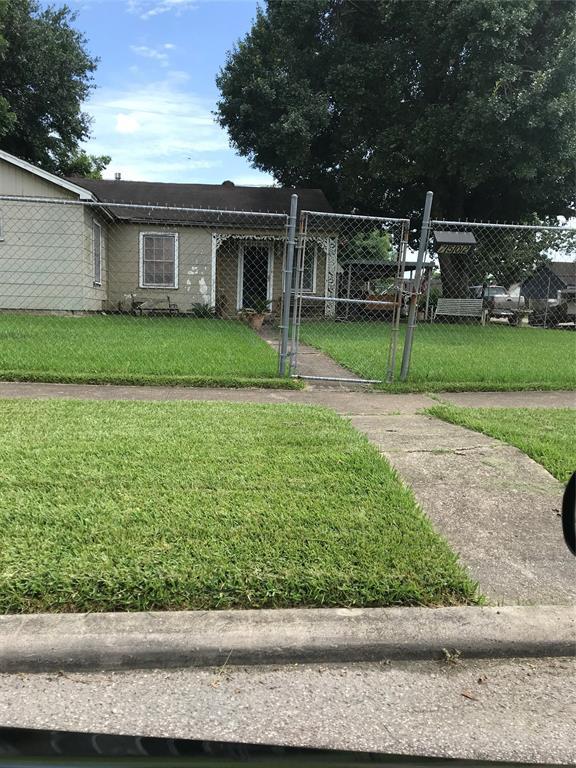 7502 Moss Rose Street, Houston, TX 77012