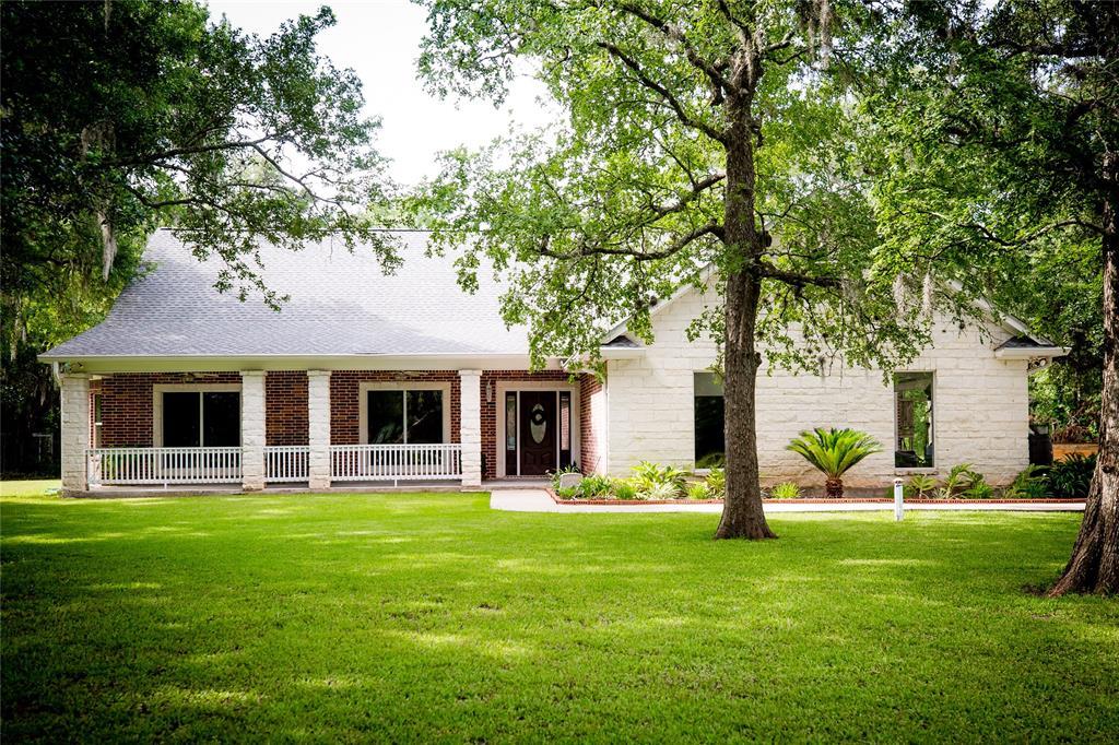 349 Valli Road Road, Wharton, TX 77488