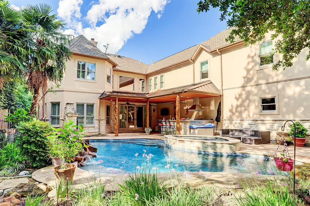 1027 Ridgeley Drive, Houston, TX 77055