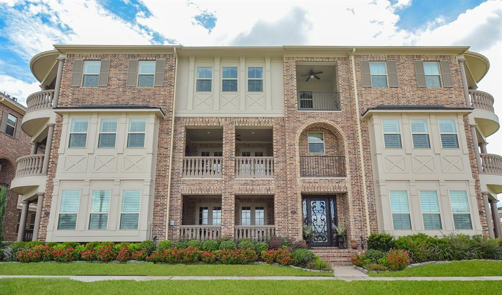131 Grace Point Dr, Sugar Land, TX 77498