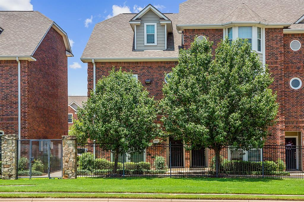 305 Holleman Drive 201, College Station, TX 77840