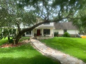 121 Old Plantation Road, Angleton, TX 77515
