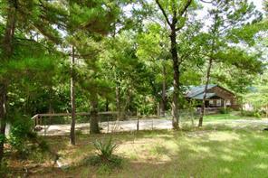 57 Forest Creek Drive, Huntsville, TX 77320