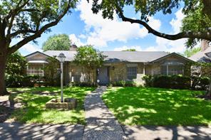 6210 hummingbird street, houston, TX 77096
