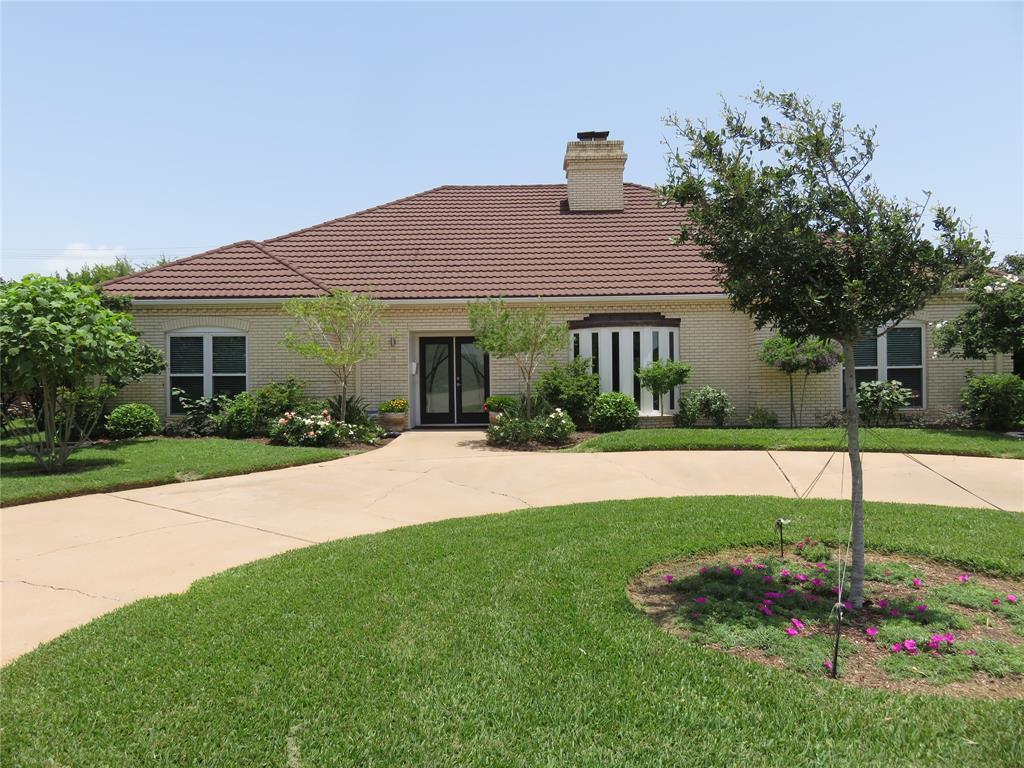8 Adler Circle, Galveston, TX 77551